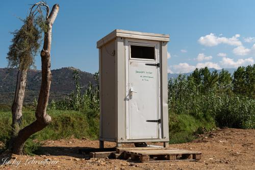 WC public Corse